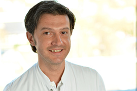 Dieses Bild zeigt ein Portrait von Herrn Adnan Kukic.