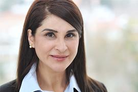 Dieses Bild zeigt ein Portrait von Frau Dr. Peymaneh Amini.
