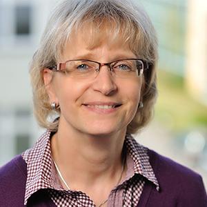 Dieses Bild zeigt ein Portrait von Frau Maike Holland.