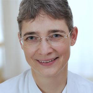 Dieses Bild zeigt ein Portrait von Frau Dr. Anke Hutschenreiter.
