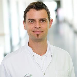 Dieses Bild zeigt ein Portrait von Herrn Dr. med. Peter Schneider.