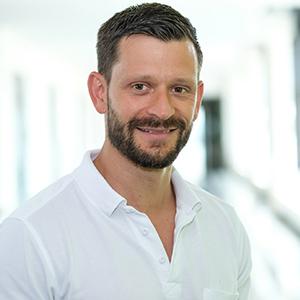 Dieses Bild zeigt ein Portrait von Herrn Dr. med. Gunnar Schneider.