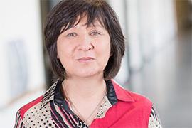 Dieses Bild zeigt ein Portrait von Frau Barbara Wu.