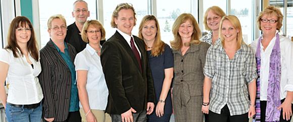Dieses Bild zeigt das Team des Bereichs der Patientenaufnahme, bestehend aus 10 Personen.