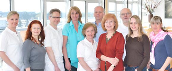 Dieses Bild zeigt das Team des Entlassungsmanagements, bestehend aus 10 Personen.