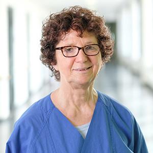 Dieses Bild zeigt ein Portrait von Frau Karin Langhammer.