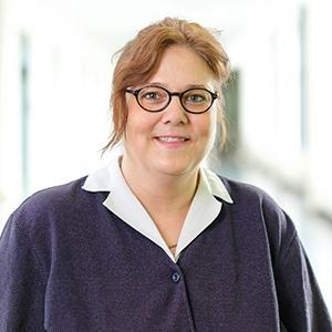 Dieses Bild zeigt ein Portrait von Frau Miriam Schneider.
