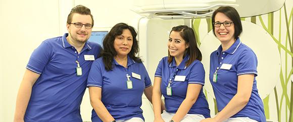 Dieses Bild zeigt das Team der MTRA bestehend aus Herrn Marius Kmiecik, Frau Esther Llana de Herrmann, Frau Alessandra Collu und Frau Anke Viehmann.