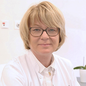 Dieses Bild zeigt ein Portrait von Frau Dr. med. Claudia Hartmann.