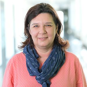 Dieses Bild zeigt ein Portrait von Frau Kathrin Seefeldt.