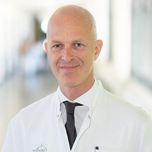 Dieses Bild zeigt ein Portrait von Herrn Dr. med. habil. Sasa-Marcel Maksan.