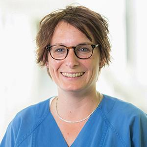 Dieses Bild zeigt ein Portrait von Frau Dr. med. Andrea Langanke