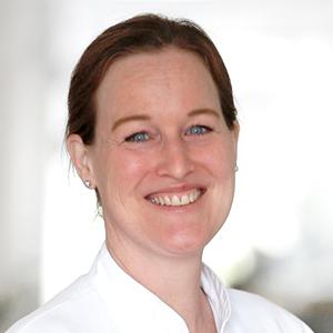 Dieses Bild zeigt ein Portrait von Frau Dr. med. Stephanie Hüsch