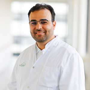 Dieses Bild zeigt ein Portrait von Herrn Wesam Sagar.