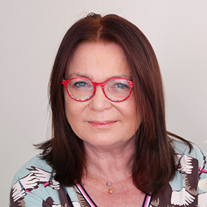Dieses Bild zeigt ein Portrait von Frau Dr. med. Claudia Hartmann