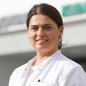 Dieses Bild zeigt ein Portrait von Frau Dr. medic. Diana Krohn