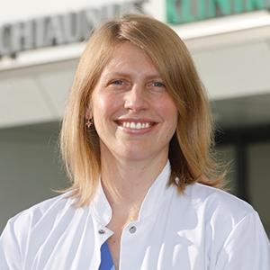 Dieses Bild zeigt ein Portrait von Frau Dr. med. Daniela Schulte