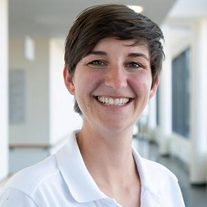 Dieses Bild zeigt ein Portrait von Frau Dr. med. Luisa Schneider