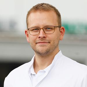 Dieses Bild zeigt ein Portrait von Herrn Dr. med. David Adrian Kraft